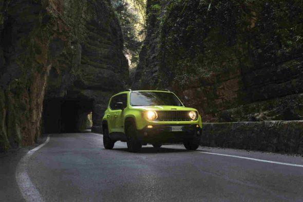 Jeep Renegade Upland 01
