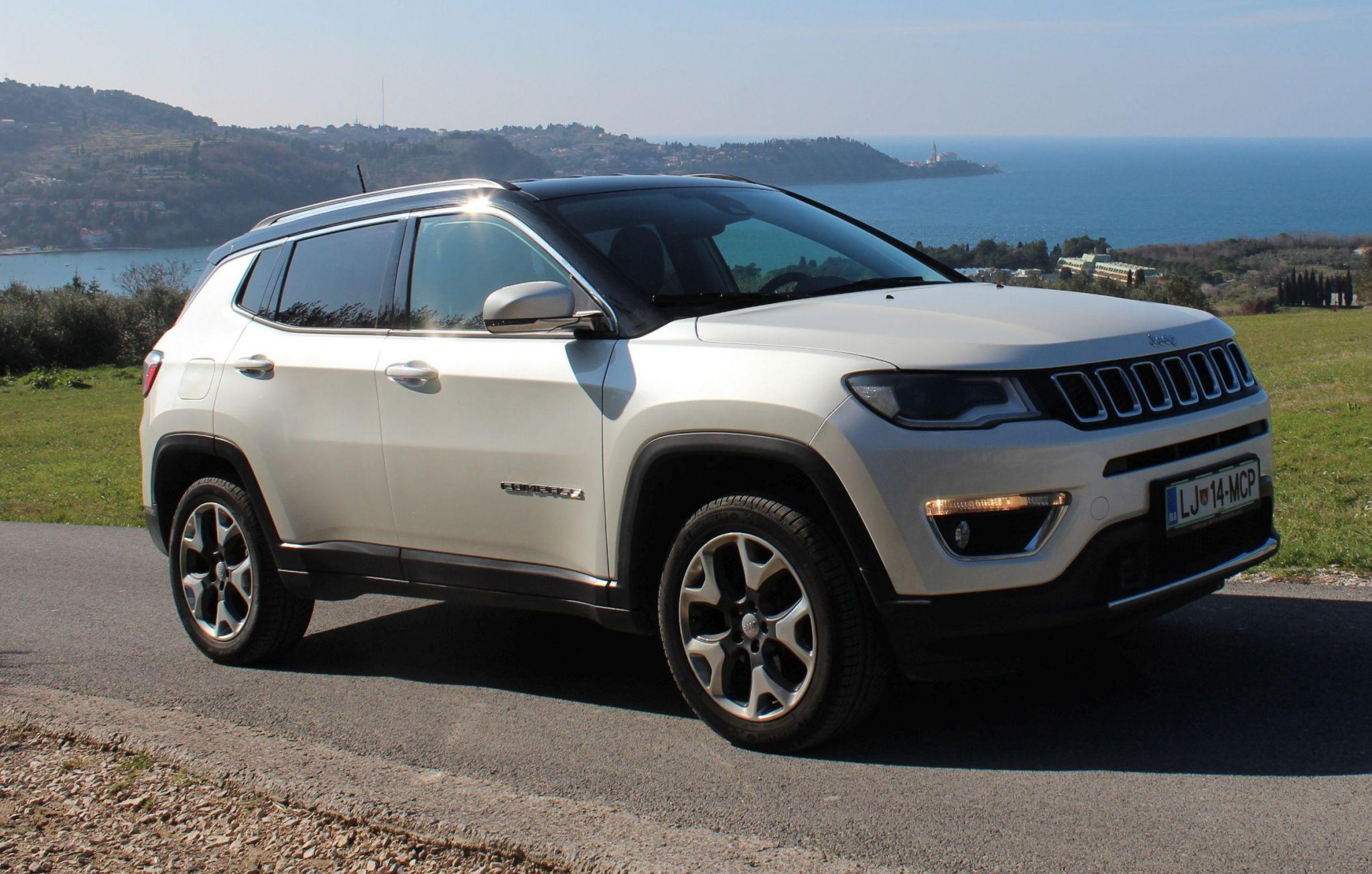 jeep compass 2 0 multijet 140 cv limited 4wd at9 - srednji sinonim za pravi jeep
