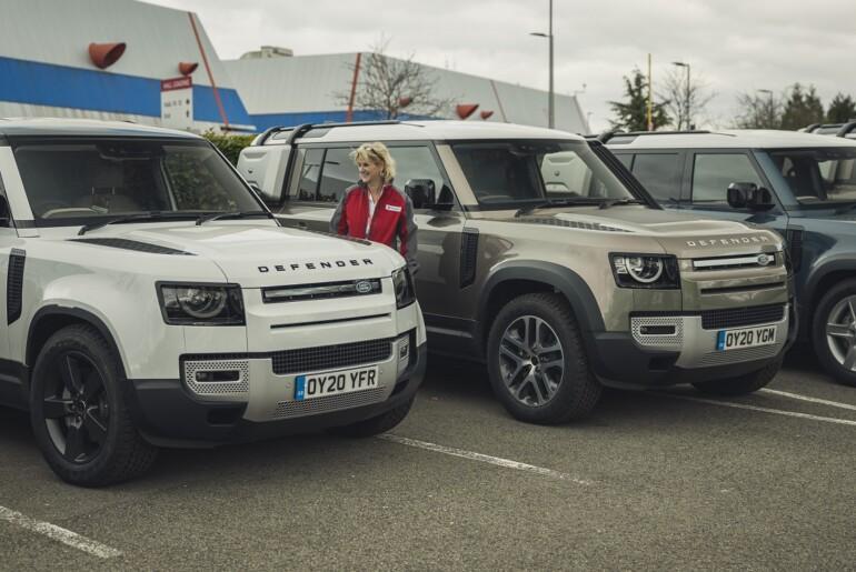 Jaguar Land Rover s floto vozil v podporo boju proti koronavirusu